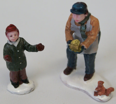 Train Figures : Man and boy playing ball