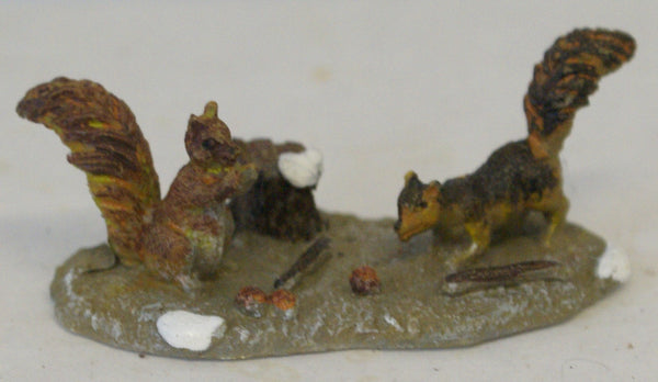 "Train figural Animal Diorama minature squirrels. 2"" x 1"""