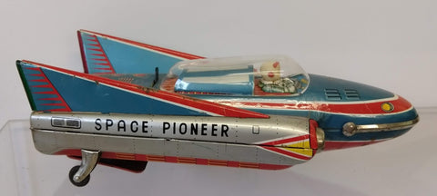 Space Pioneer Modern Toys Right Rear Tail fin lens Red
