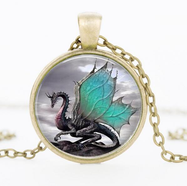 Vintage dragon heartwing pendant necklace pluto99 necklaces vintage dragon heartwing pendant necklace mozeypictures Gallery