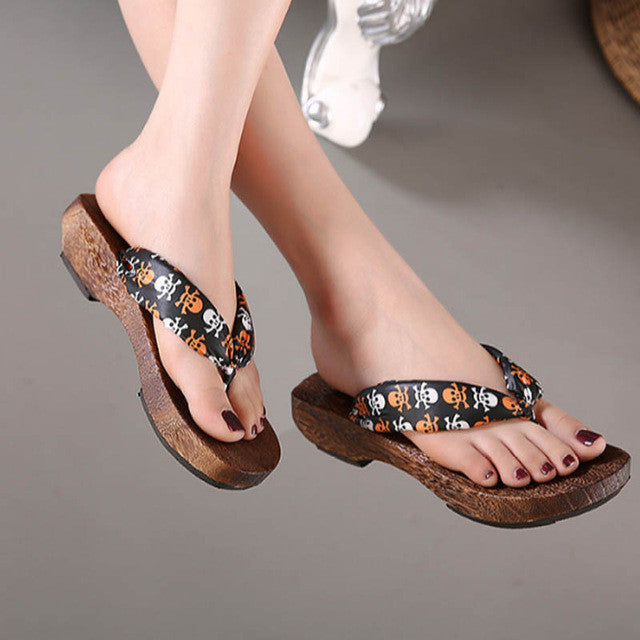 8993ca8ab51d9f Retro Wooden Skull Sandals-Clearance Sale - Pluto99