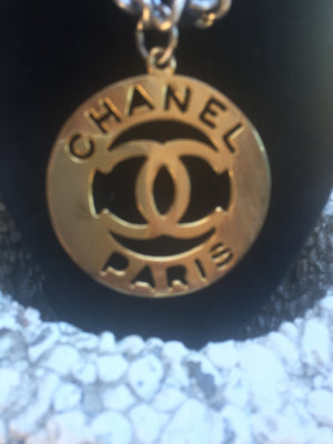 CHANEL Auth VINTAGE ICONIC GOLD TONED CUTOUT OPENWORK LOGO MEDALLION