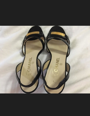 CHANEL Auth Black Patent Leather Stiletto Pump