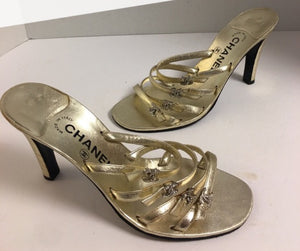 CHANEL Auth Gold Leather Logo Sandal Emmy Awards Red Carpet