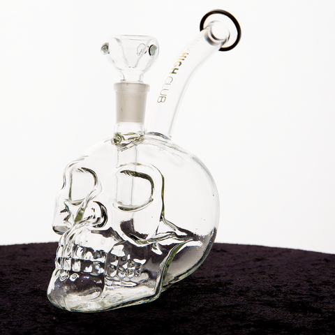 Unboxing DHCs October Smoking Supplies Skull Bong