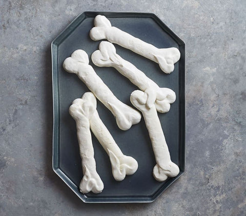 Halloween Munchies for a Spooktacular Holiday Meringue Bones