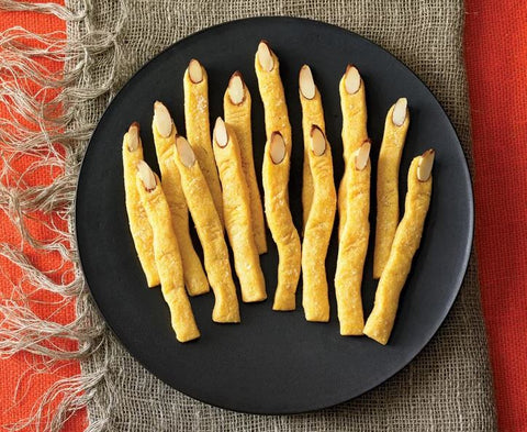 Halloween Munchies for a Spooktacular Witches Fingers