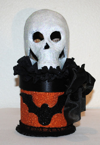 "Bewitching ""Skull on a Box"" HALLOWEEN Gift Box/Memento Box/Decoration"