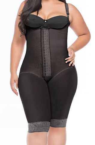 Curves Smart Fit Extra hip and Butt Stretch  Knee Length Post Op Faja #4556