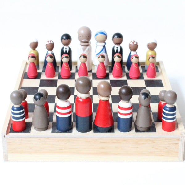Wooden Chess Set Peace Makers vs. Pirates