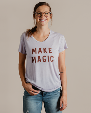 Make Magic Tee | lavender