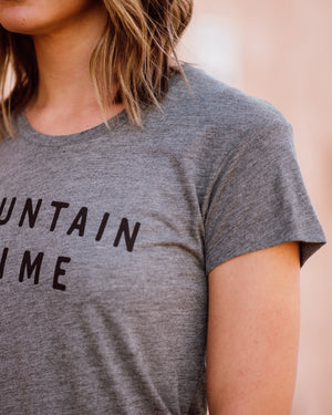 Mountain Time Tee | grey