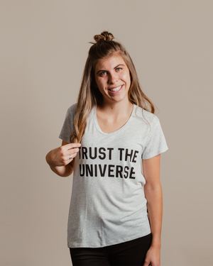 Trust The Universe Tee - White Heather