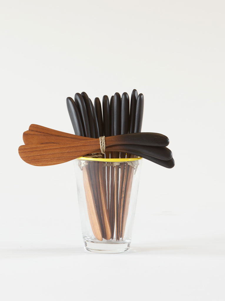 Teak /Black handle Set of 4 Spreaders