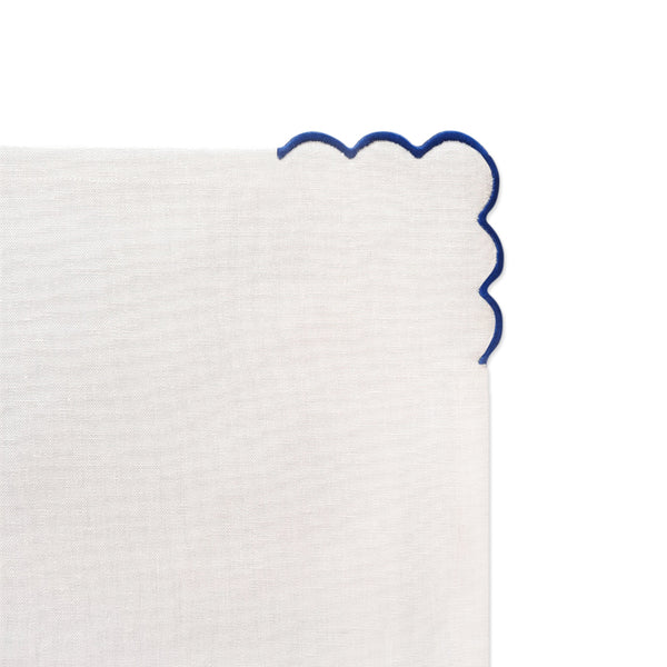 Linen Dinner Napkins with Scallop Detail