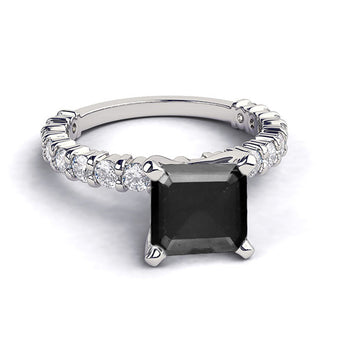 1.9 Carat 14K White Gold Black Diamond