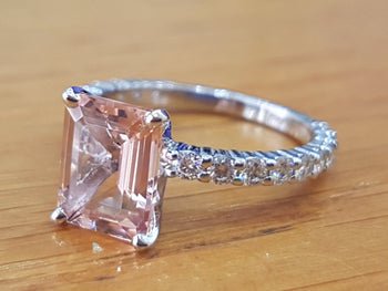 3 Carat Morganite Engagement Ring With Diamonds - Diamonds Mine
