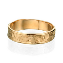 Load image into Gallery viewer, 5.2MM 14K Yellow Gold Sand Pattern Wedding Band