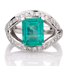 "Load image into Gallery viewer, 2.5 Carat 14K Rose Gold Emerald & Diamonds ""Vera"" Engagement Ring"