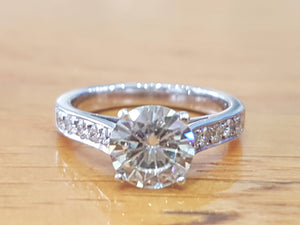 1.5 Carat Round Diamond Engagement Ring - Diamonds Mine