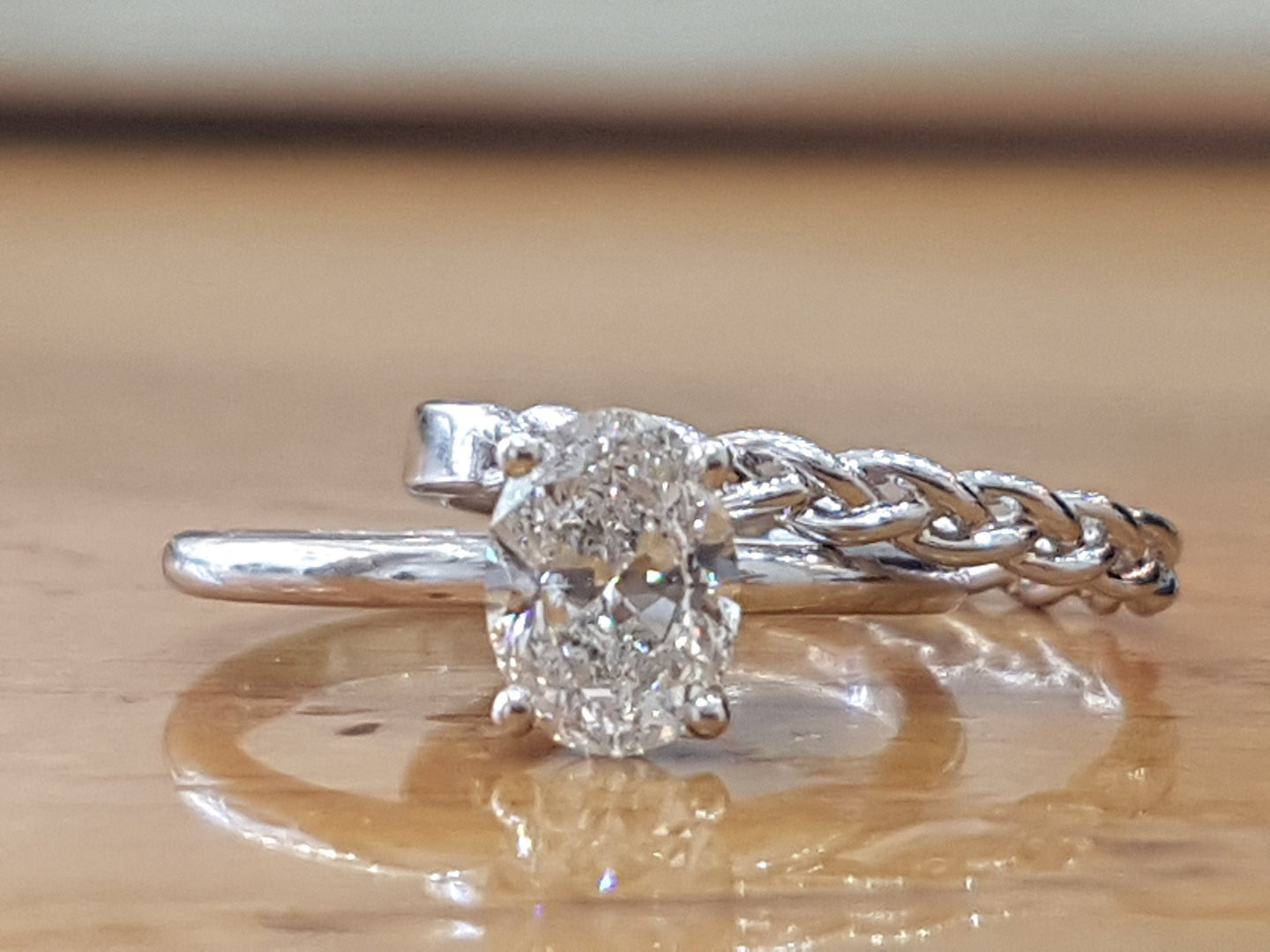 Oval Diamond Bridal Ring Set - Diamonds Mine