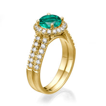"Load image into Gallery viewer, 1.4 Carat 14K White Gold Emerald & Diamonds ""Deborah"" Engagement Ring"