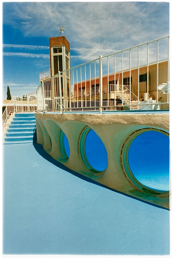 Glass Pool Motel II, Las Vegas, 2000