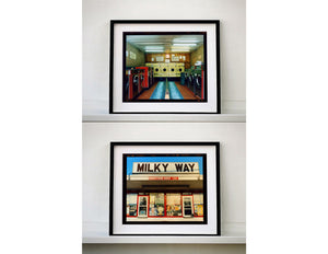 Milky Way, an ice cream parlour and miniature golf course in New Jersey. Graphic typography features in architecture photography by Richard Heeps.