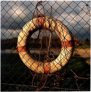 0°00' longitude, 52°31N' latitude, Lifebuoy, Potato Factory, Flood's Ferry Bridge, Cambridgeshire 2000