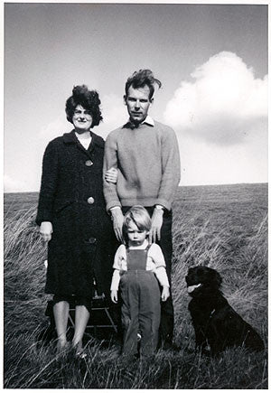 Heeps Family & dog by Grandma, Cambridgeshire 1968
