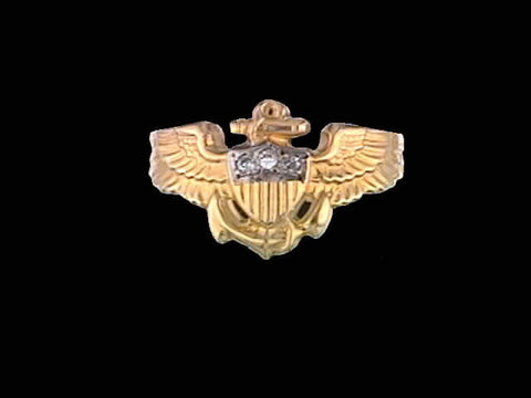 Ladies 14kt Aviator Wing Ring w/0.03cts Diamonds