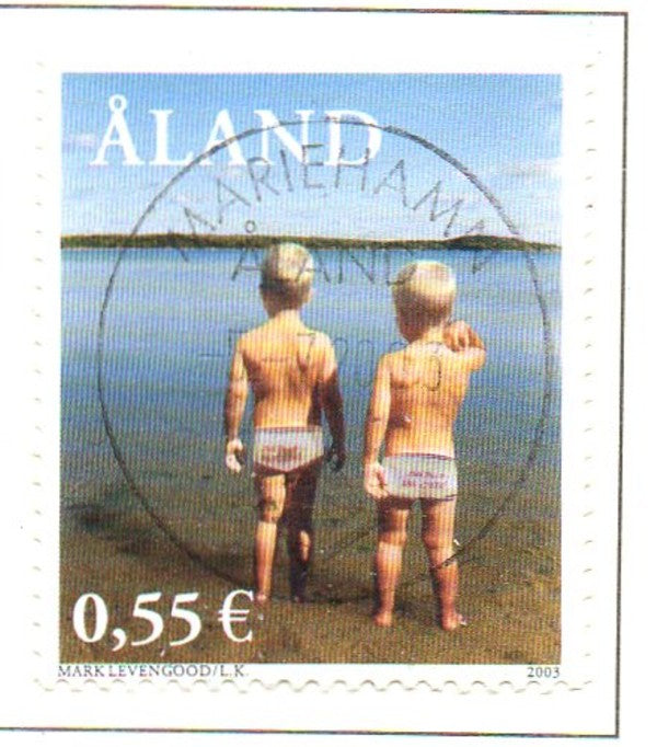 Aland Scott  215 2003 Levengood Boys on Beach stamp used