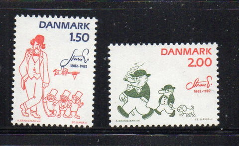 Denmark  Scott  728-9 1982 Petersen Cartoonist stamp set mint NH