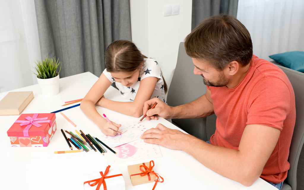 father daughter make mother's day card