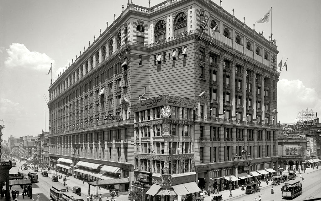 Macy's New York Location at Herald Square 1908