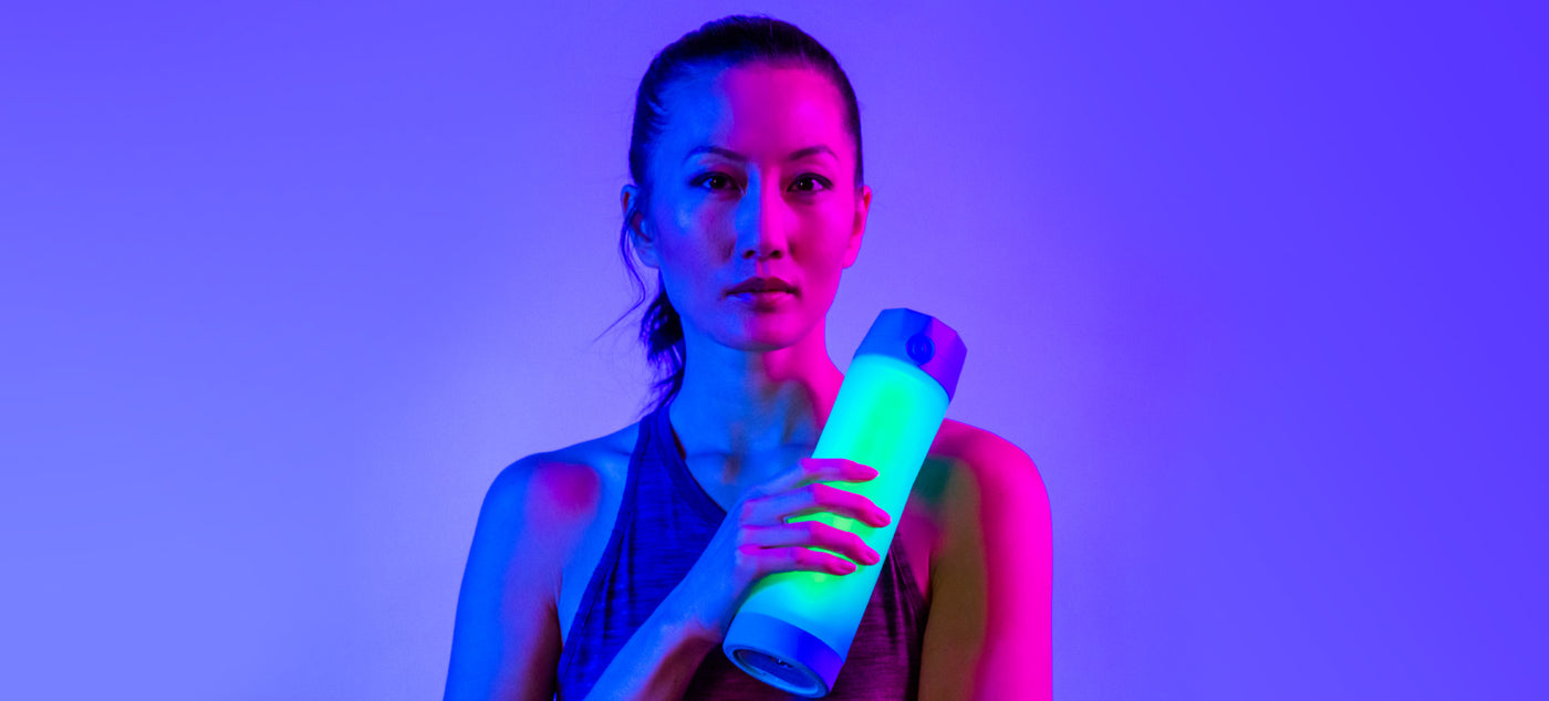 hidratespark 3 bluetooth light up smart water bottle tracks your water intake and glows reminding you to drink throughout the day