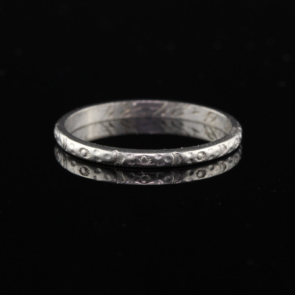 Circa 1934 - Antique Art Deco Platinum Engraved Wedding Band - Size 5.25