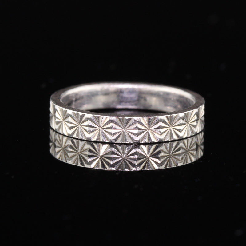 Antique Art Deco Platinum Engraved Wedding Band - Size 5.25 - The Antique Parlour