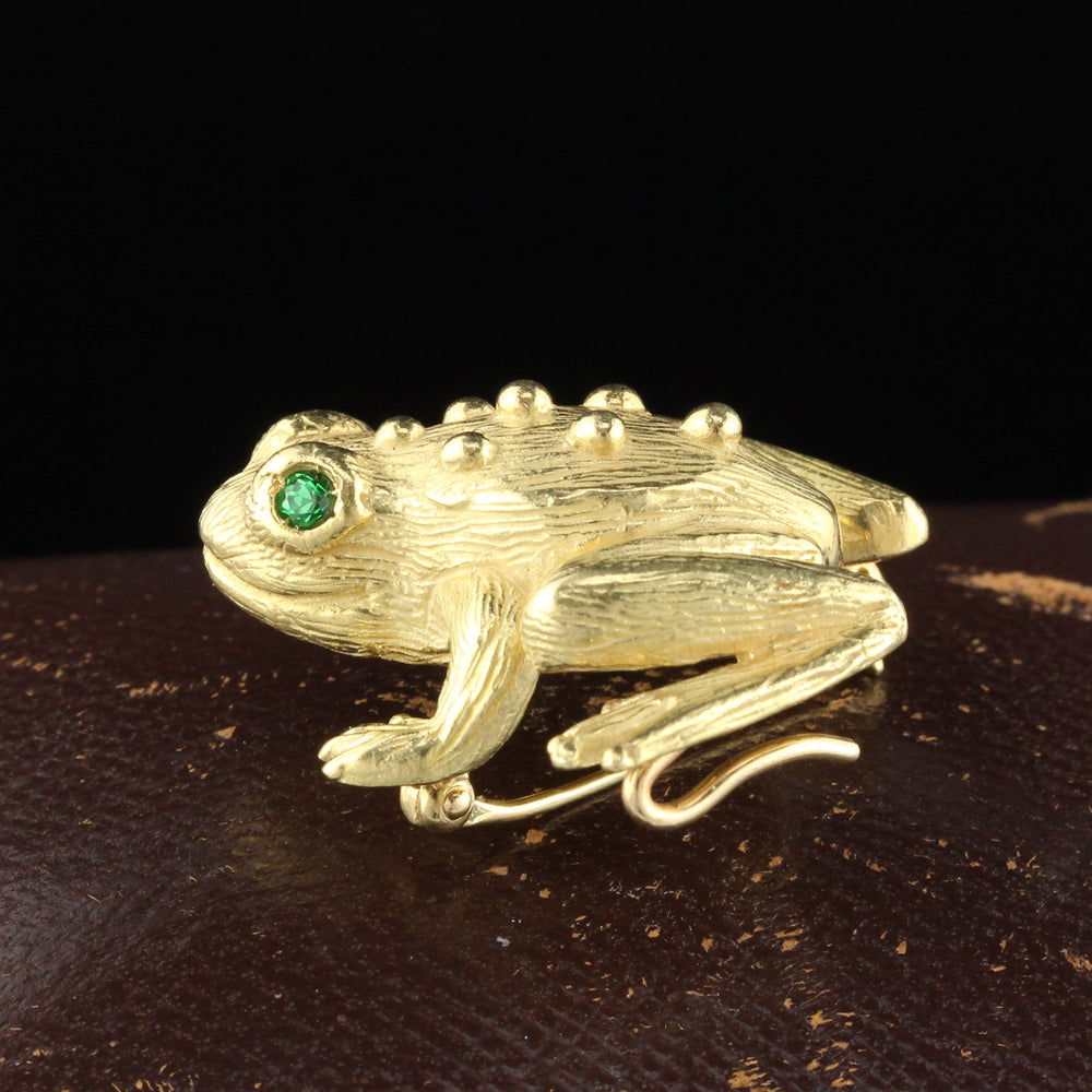 Vintage Estate 18K Yellow Gold Emerald Frog Pin - The Antique Parlour