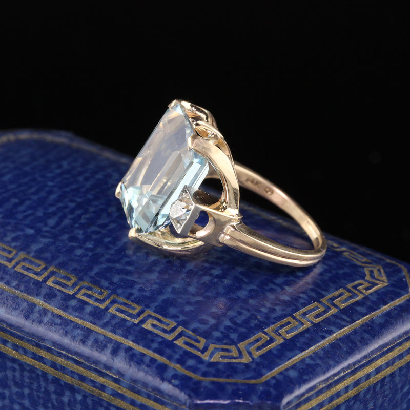 Vintage Retro 14K Yellow Gold Aquamarine & Diamond Cocktail Ring