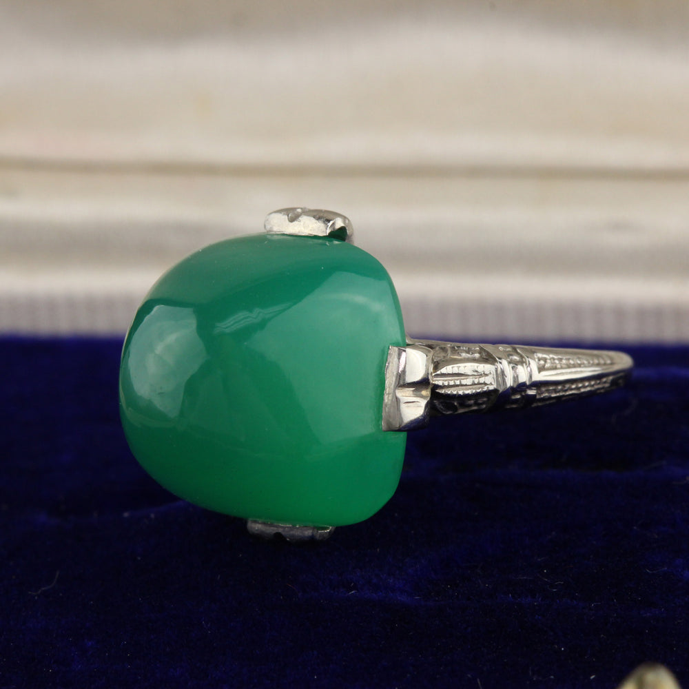 Antique Art Deco 14K White Gold & Chalcedony Cocktail Ring - Chrono Envy