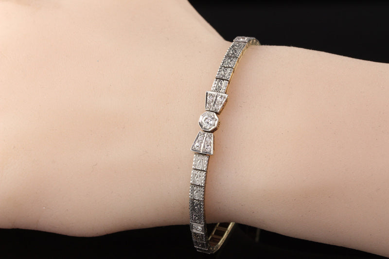 Antique Edwardian 18K Yellow Gold & Platinum Top Diamond Bow Bracelet
