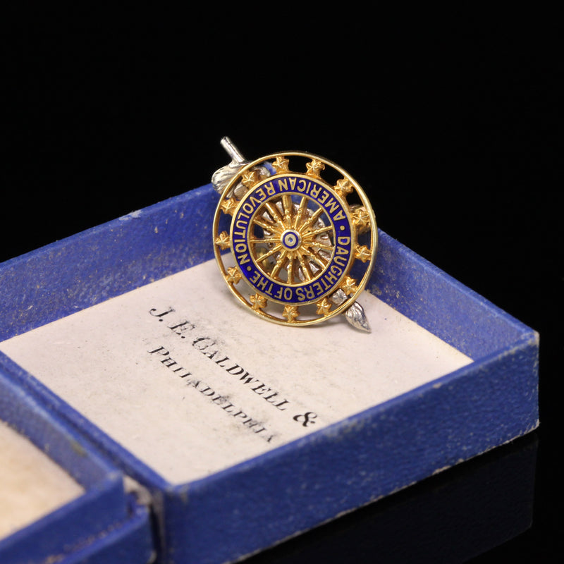J.E. Caldwell & Co Antique 14K Yellow Gold Enamel Daughters of the Revolution Pin