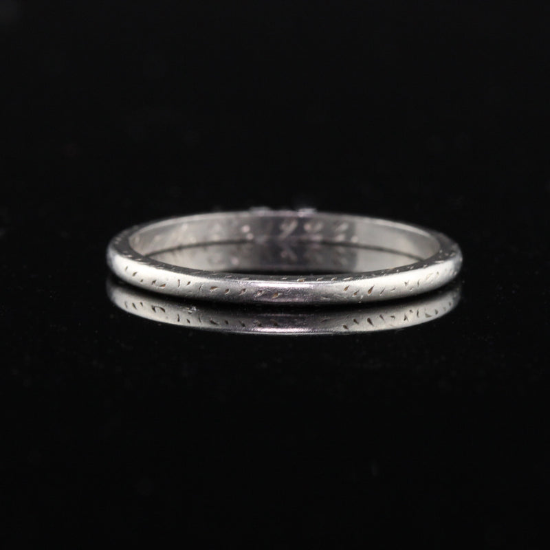 Circa 1923 - Antique Art Deco Platinum Engraved Wedding Band - Size 6