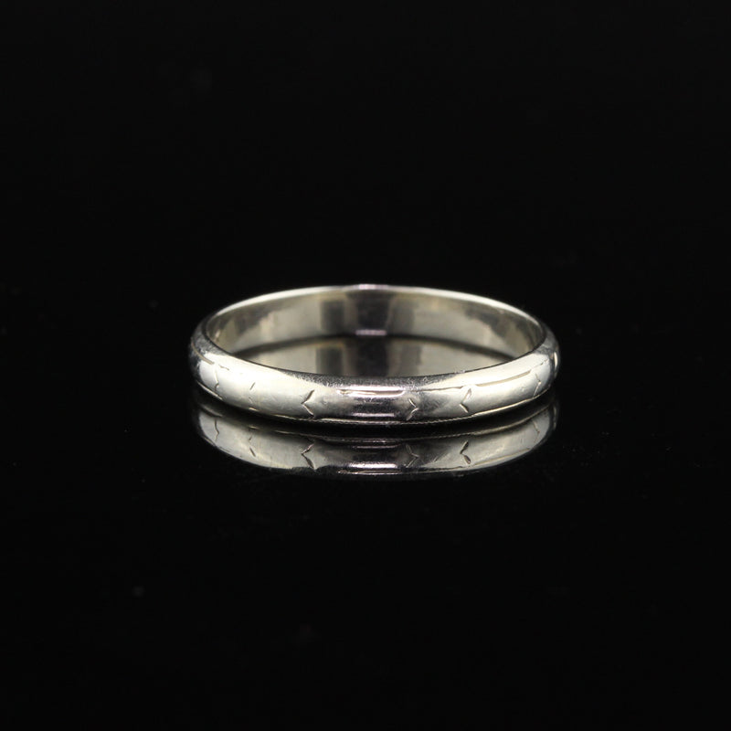 Antique Art Deco Engraved 18K White Gold Wedding Band - Size 9