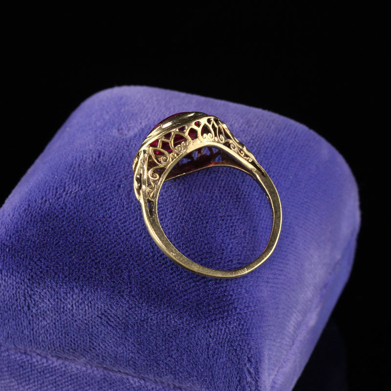 Antique Edwardian 10K Yellow Gold Synthetic Stone Ring