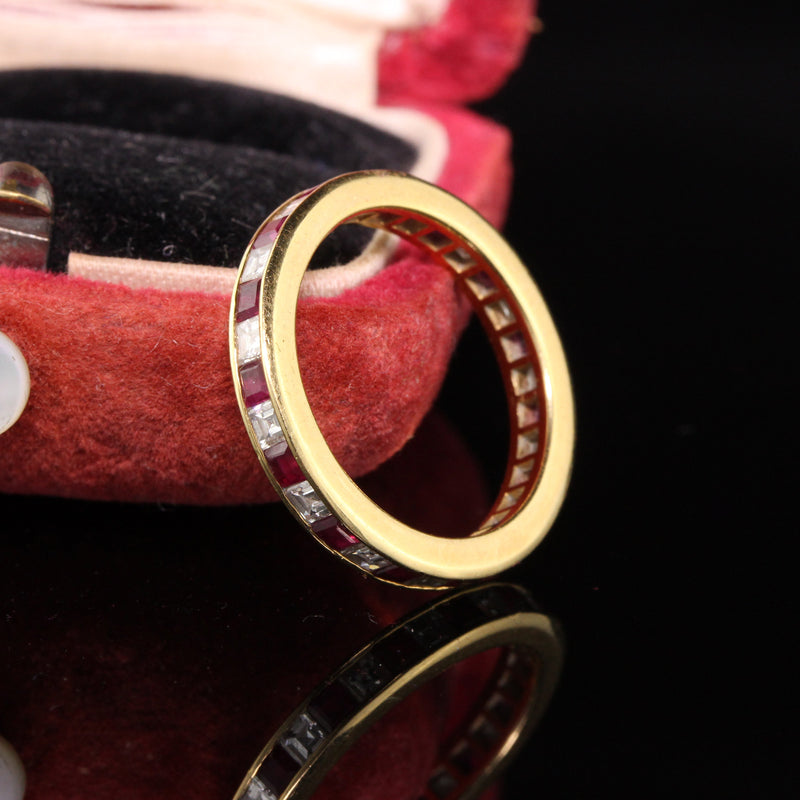 Vintage Estate 18K Yellow Gold Carre Cut Diamond and Ruby Wedding Band - Size 5.25