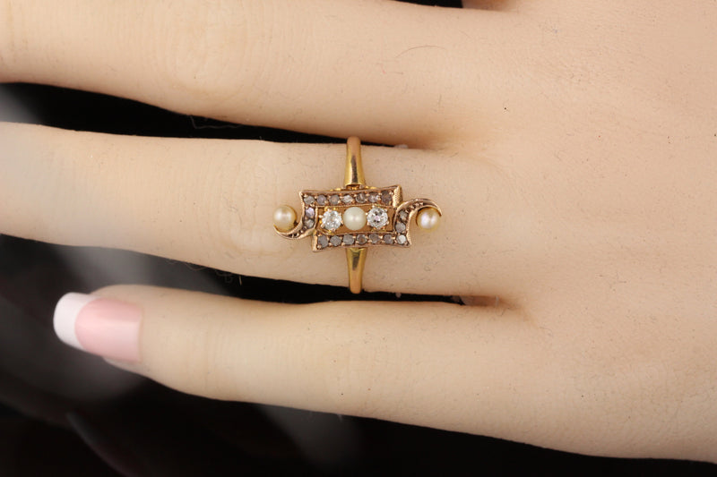 Antique Victorian 18K Yellow Gold Pearl and Rose Cut Diamond Ring