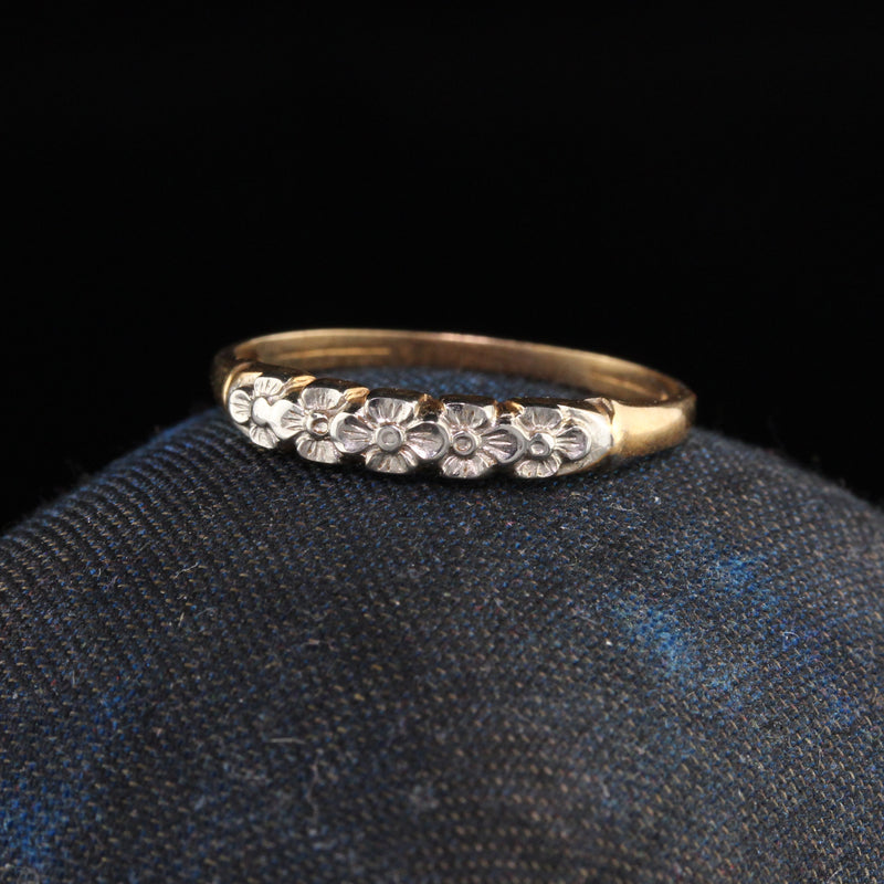 Antique Art Deco 14K Two Tone Yellow Gold Engraved Wedding Band - Size 6