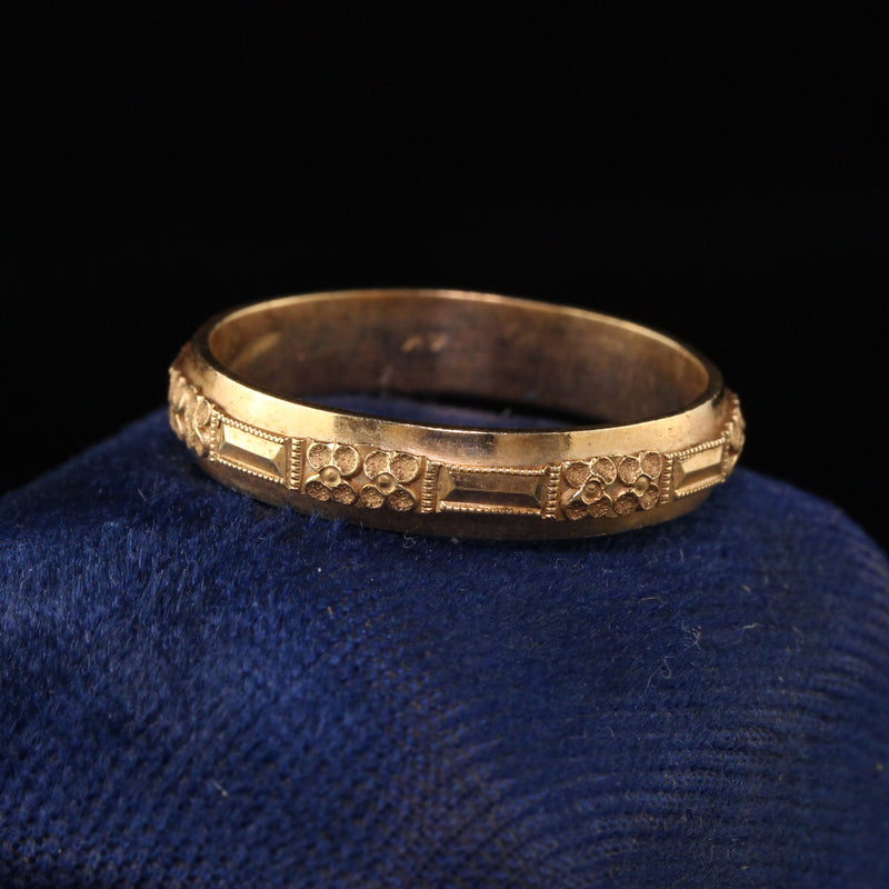 Antique Art Deco 14K Yellow Gold Engraved Wedding Band - Size 9 1/4
